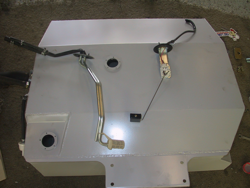 2010 Landcruiser Wagon OEM pickup and sender unit reused with the new long range tank